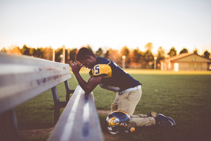 Football, athlete, prayer, praying