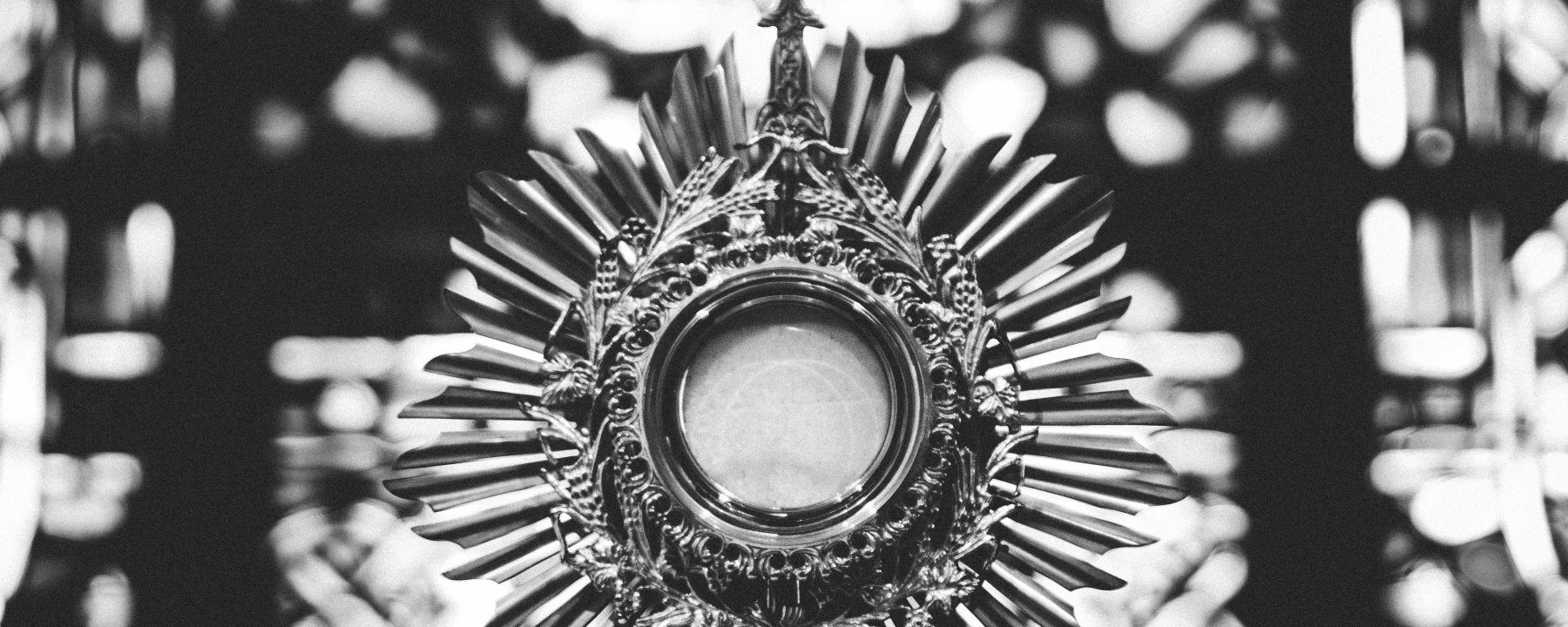 Monstrance, Eucharist, Holy Communion, Church