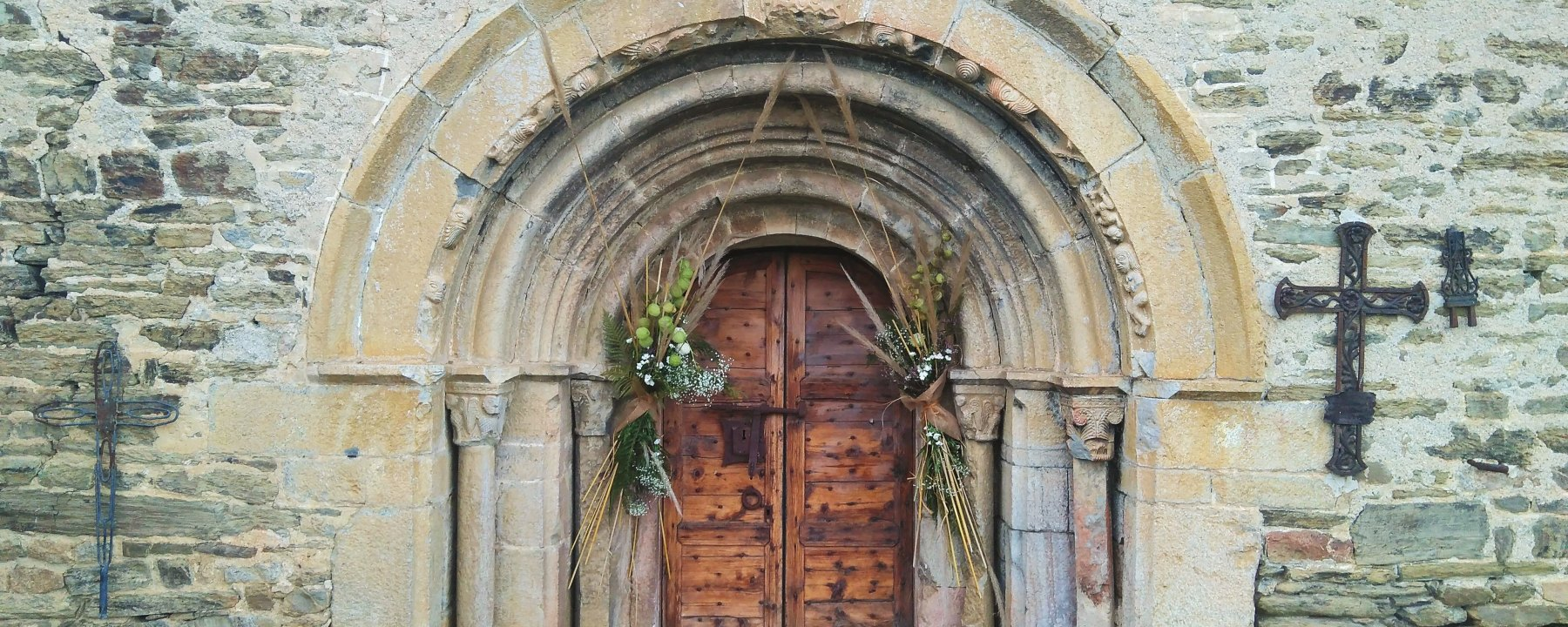 door, doorway, Christ, mercy, Paschal mystery, salvation